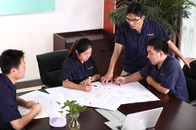 ออกแบบระบบฟรีและอ้างถึงบริการออกแบบและเสนอราคาฟรีโดยทีมงาน GOMON ของเรา เราอยู่ที่นี่เสมอเพื่อช่วยเหลือและให้คำแนะนำในกรณีที่จำเป็นเพียงแค่โทรหรือส่งอีเมลถึงเราเพื่อให้เราสามารถเริ่มต้นได้ ทีมงานด้านเทคโนโลยี GOMON ของเราจะออกแบบระบบน้ำร้อนสำหรับบ้านของคุณโดยเฉพาะ เรายินดีที่จะให้คำแนะนำคุณเกี่ยวกับวิธีแก้ปัญหาระบบที่ดีที่สุดเพื่อให้บรรลุวัตถุประสงค์ของคุณแม้ว่าจะหมายถึงการแนะนำวิธีแก้ปัญหาน้ำร้อนแบบอื่น